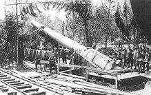 220px-35cm_cannons_of_Ersatz_Monarch-class_battleships_in_the_Italian_front_in_1916